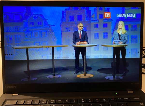 Jonas Jonasson från DI och Linnéa Kihlström från Dagens Media på scen.